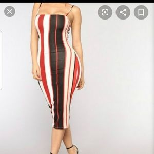 Fashion nova dress size L